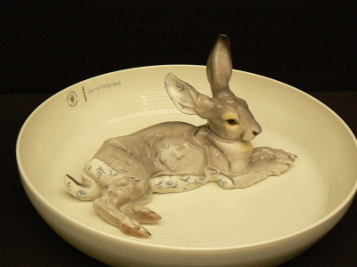 Animal bowl with hare