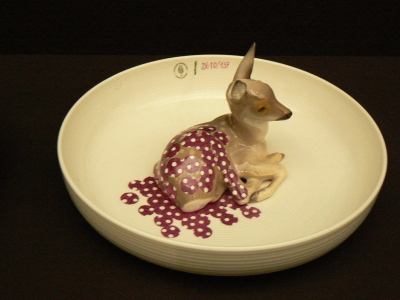 Animal bowl with fawn
